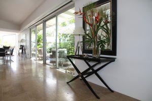 Aluminium sliding doors: The pros & cons you need to know!