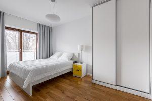 4 Reasons to Choose Sliding Wardrobe Doors over Hinged Doors